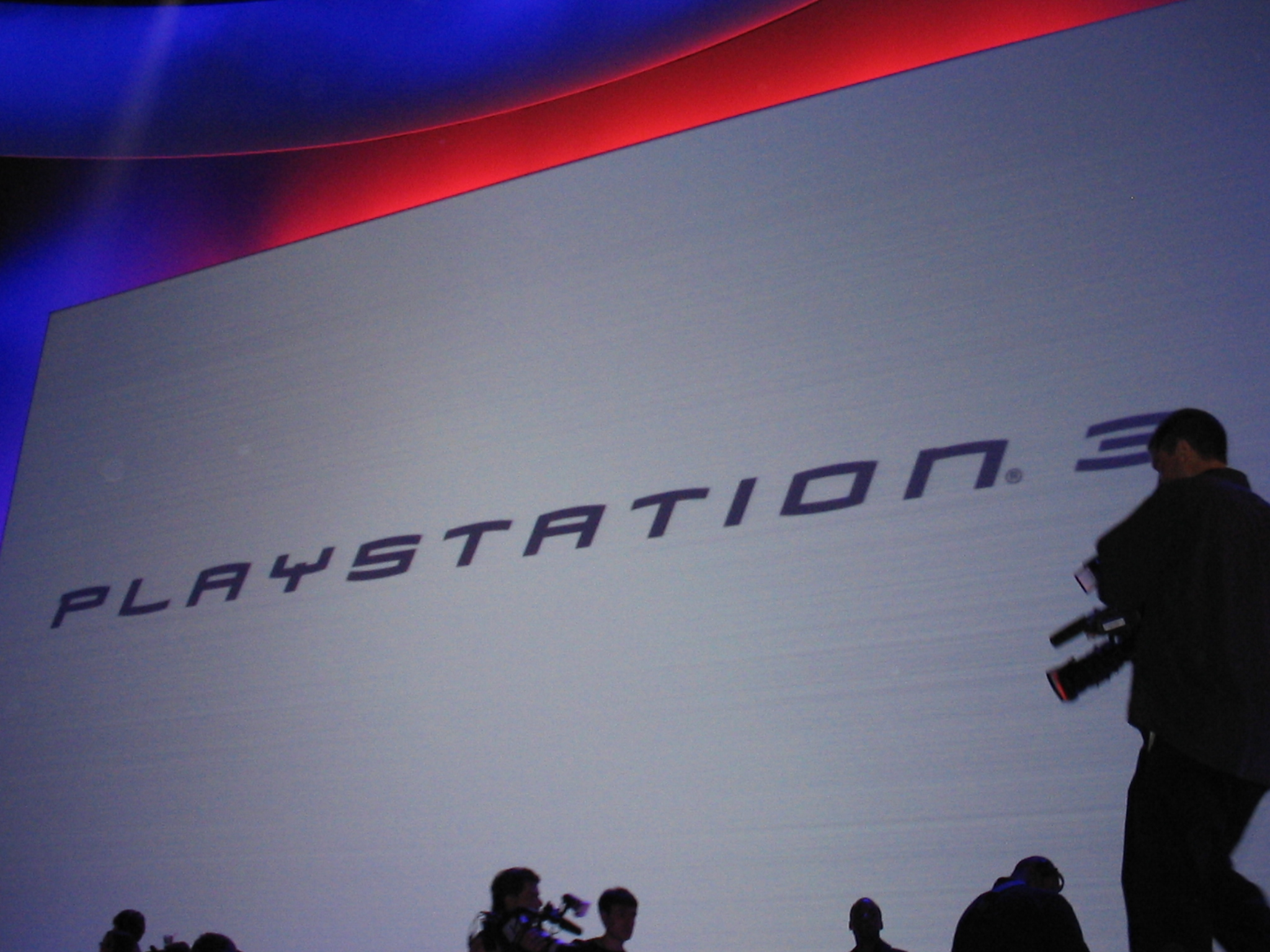 E3 2005: PS3 On Display E3 2005: PS3 On Display 908UTx4t