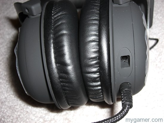 Plug it in. Plug it in. HyperX Cloud II Headset Review HyperX Cloud II Headset Review CIMG3269