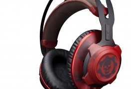 The HyperX CloudX Revolver Gears of War Headset Looks... Bloody The HyperX CloudX Revolver Gears of War Headset Looks… Bloody HyperX Cloud Rev Gears of War 263x180