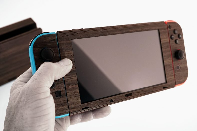 [object object] Add Wood Paneling To Your Console With Toast Toast Switch 1 790x527