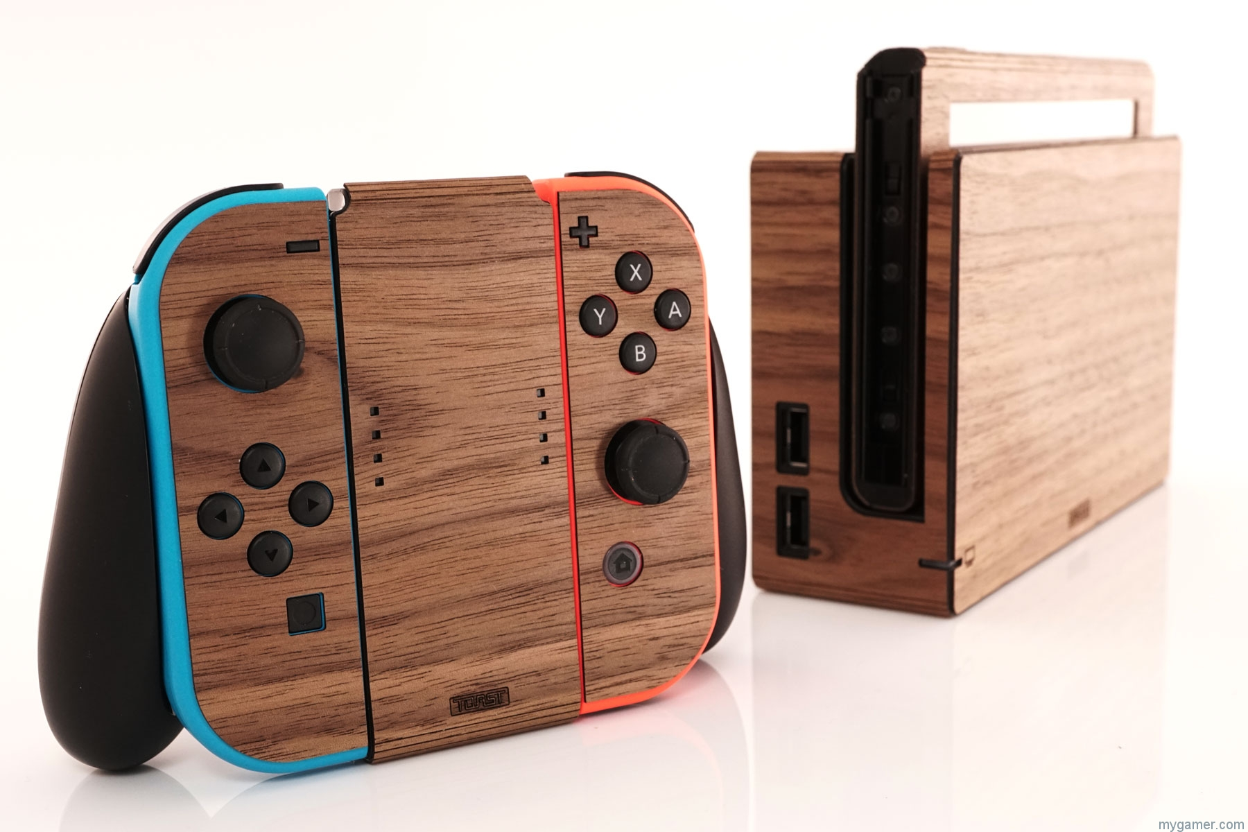 [object object] Add Wood Paneling To Your Console With Toast Toast Switch 2